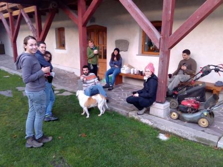 Sázení stromů, kari, meditace…Víkendovka uBuddhistů